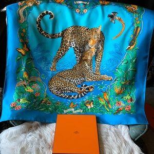 Hermès Jungle Love Silk Scarf Dallas Zoo Vision